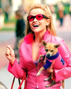 reese-witherspoon-as-elle-woods-in-legally-blonde