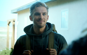 REVIEW- The Guest: On mirrors, scientific beauty and Ryan Gosling lookalikes