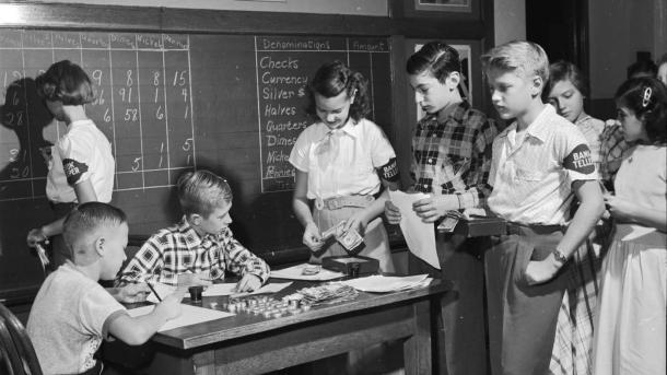 school-like-1950s_eb5e60b06351577e